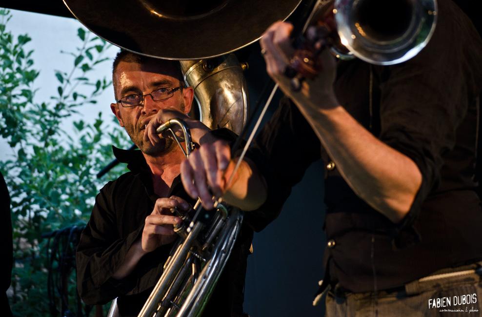 Photo KhAmSiN Aperos Cour Cavazik Cave Musique Mâcon France 2016