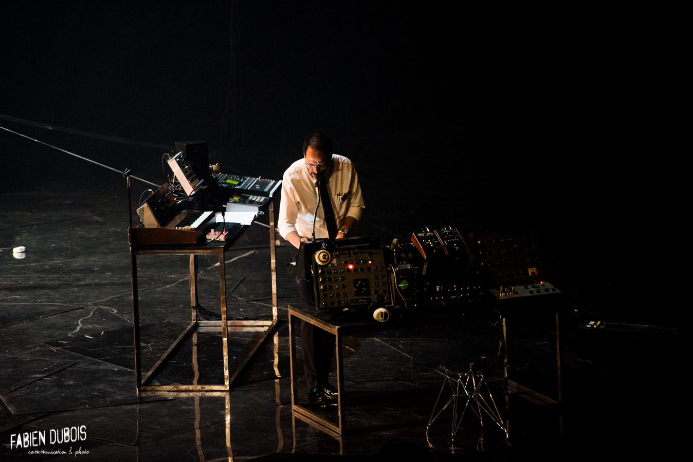 Photo Cosmos 1969 Thierry Balasse Compagnie Inouie Théâtre Scène Nationale Mâcon 2018