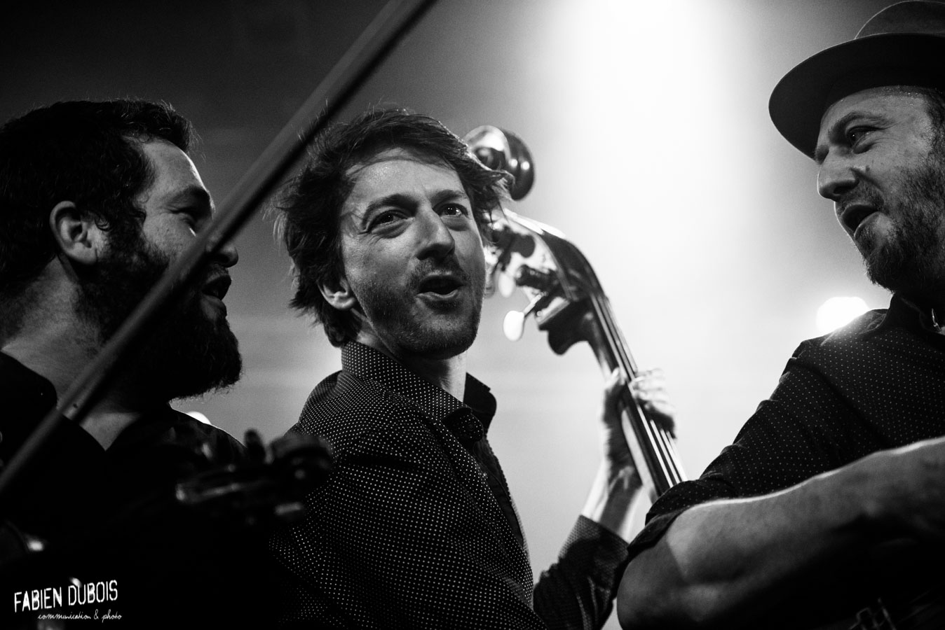Photo Debout sur le Zinc en concert avec Tocade Tannerie Bourg en Bresse 2018