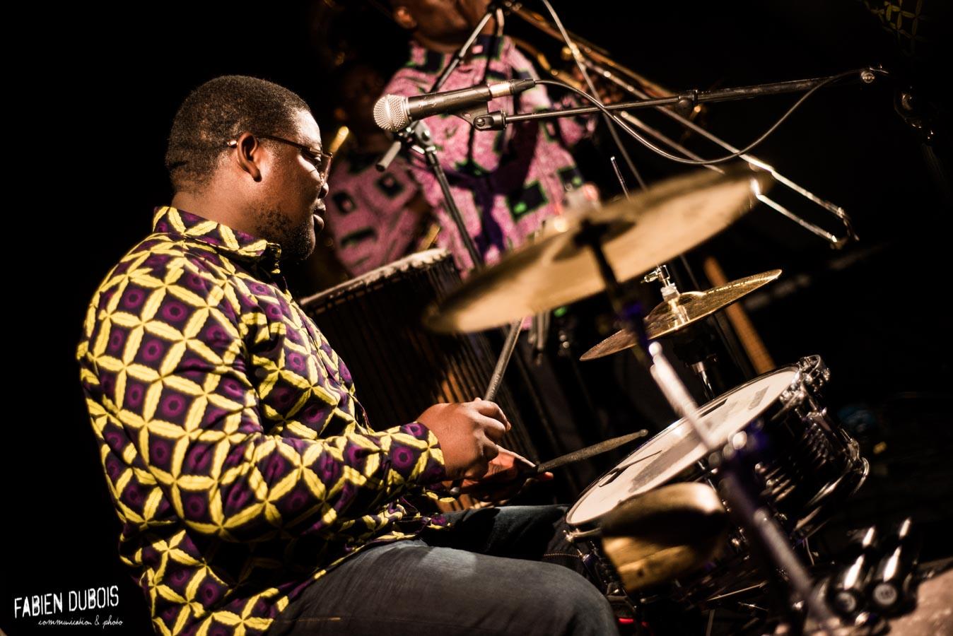 Photo Eyo'nle Valse à Cotonou Cave à Musique Cavazik Mâcon 2018