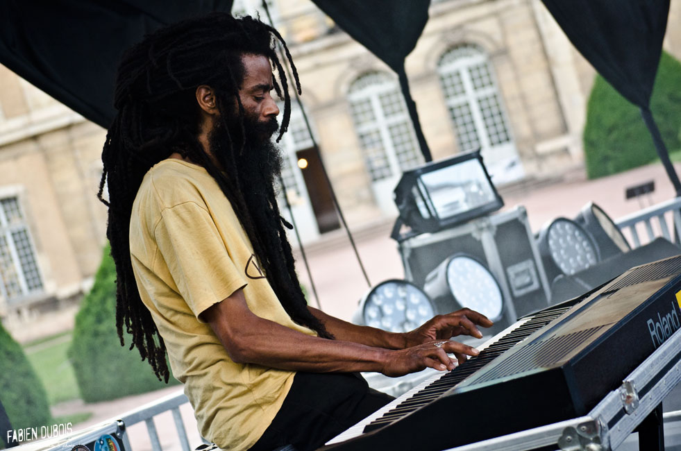 Photo Jah Prince & The Prophets Festival Grand Bastringue Abbaye Cluny France 2016