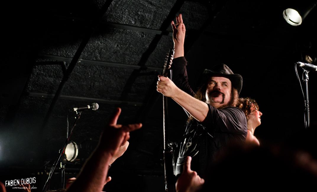 Photo Nashville Pussy  Cavazik Cave Musique Mâcon France 2016